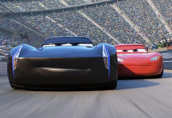 レース中のカーズ