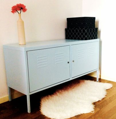 recyclage du mobilier d tournement de meubles ikea. Black Bedroom Furniture Sets. Home Design Ideas