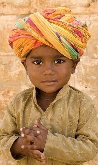 Menino indiano.