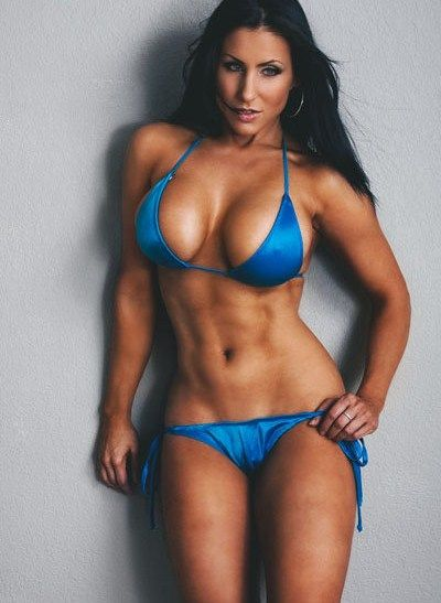 Hot Fitness Babes | Besuche muskelfarm.de | #Fitnessgirls #fitness | Repinned www.pinterest.com/muskelfarm/