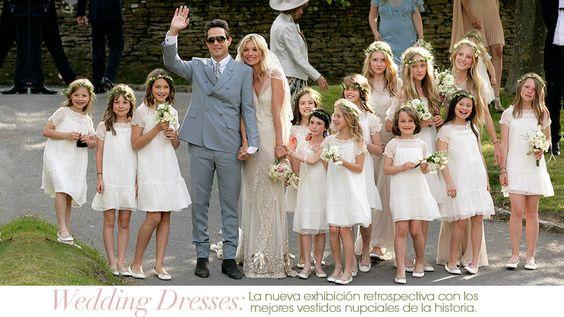 La nueva exhibición retrospectiva con los mejores vestidos nupciales de la historia  www.vogue.mx/articulos/exhibicion-wedding-dresses-en-londres/3529