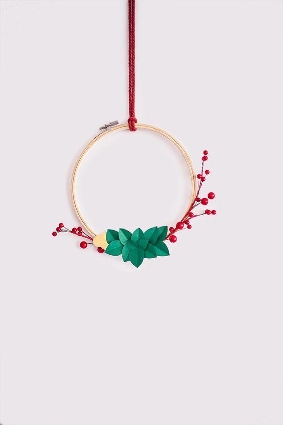 DIY Corona navideña minimalista