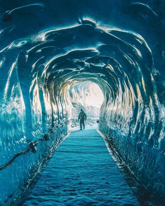 Grotte de glace - glacier du Mont Blanc, Chamonix | France