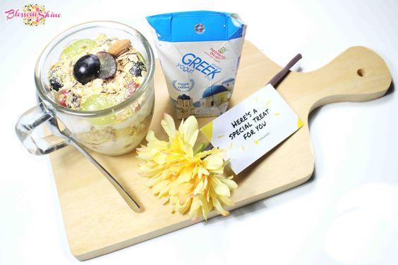 my daily healthy snack - Greek Yogurt Fruit Parfait