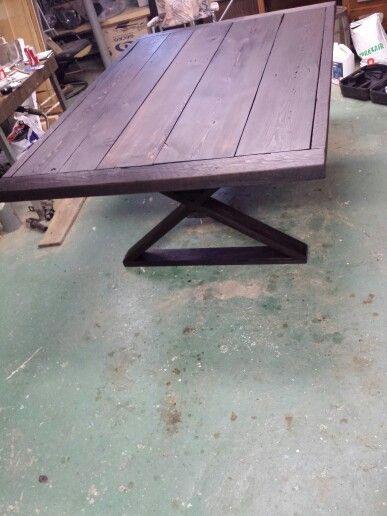 Table de cuisine en bois de grange teint et huil a l for Table de cuisine en bois