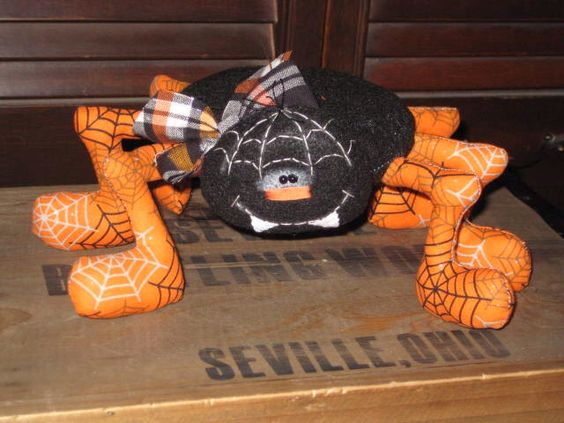 Primitive Hand crafted Halloween Daddy Longlegs Spider Ornie Tuck Shelf Sitter by GooseNBerryCorners on Etsy https://www.etsy.com/listing/104736175/primitive-hand-crafted-halloween-daddy
