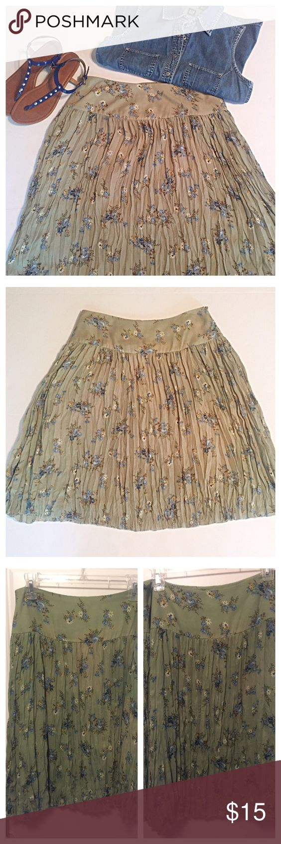 """Allison Taylor Floral Crinkle Skirt Feminine skirt pairs perfectly with denim and flats or dress it up with an embellished top and heels. It is perfect for travel! It features a wide waist band, crinkled skirt, and side zipper. Measurements: waist 16"""", length 38.5"""". Fully lined. 100% polyester. Allison Taylor Skirts"""