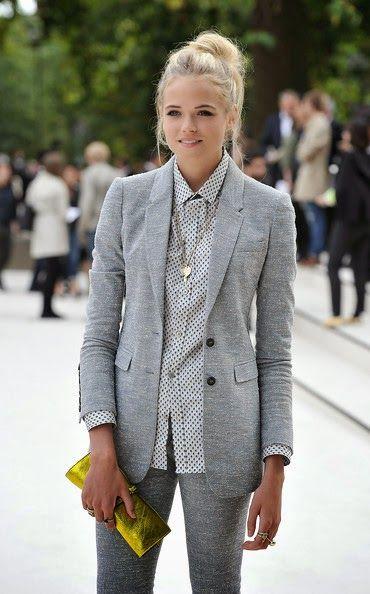Monocromatic suit style Conjunto monocromático mescla Blazer e calça: