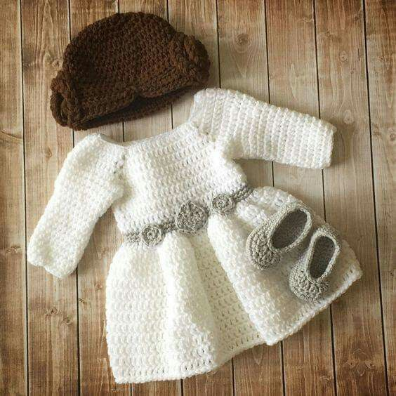 Pin By Thali On Abrigos Para Bb A Crochet Crochet Baby Costumes Crochet Princess Crochet Baby Clothes
