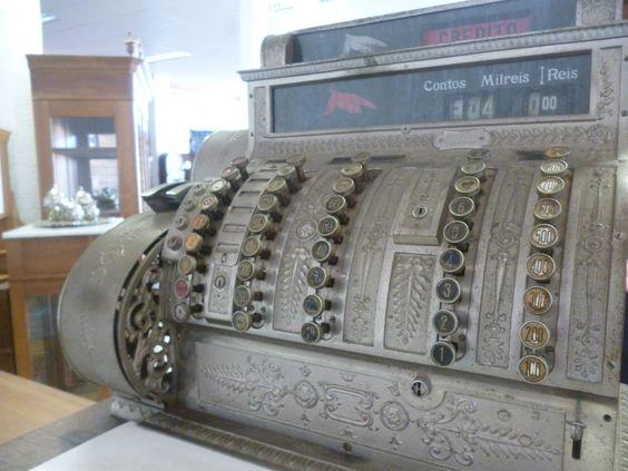 caixa registradora de contos e reis