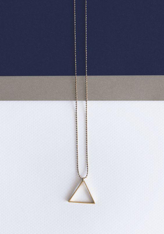 Triángulo dorado (colección invierno 2013/14)  www.facebook.com/sybillebcn