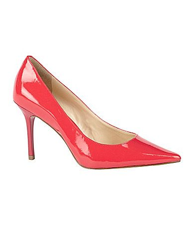 I'm loving this color!!  Might have to have these ;)