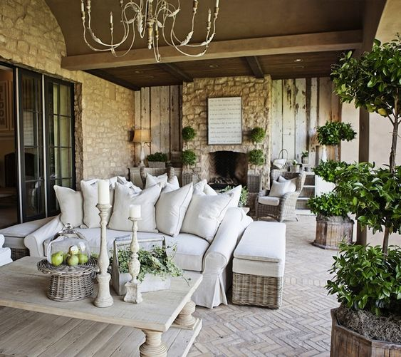 elegant furnished covered patio