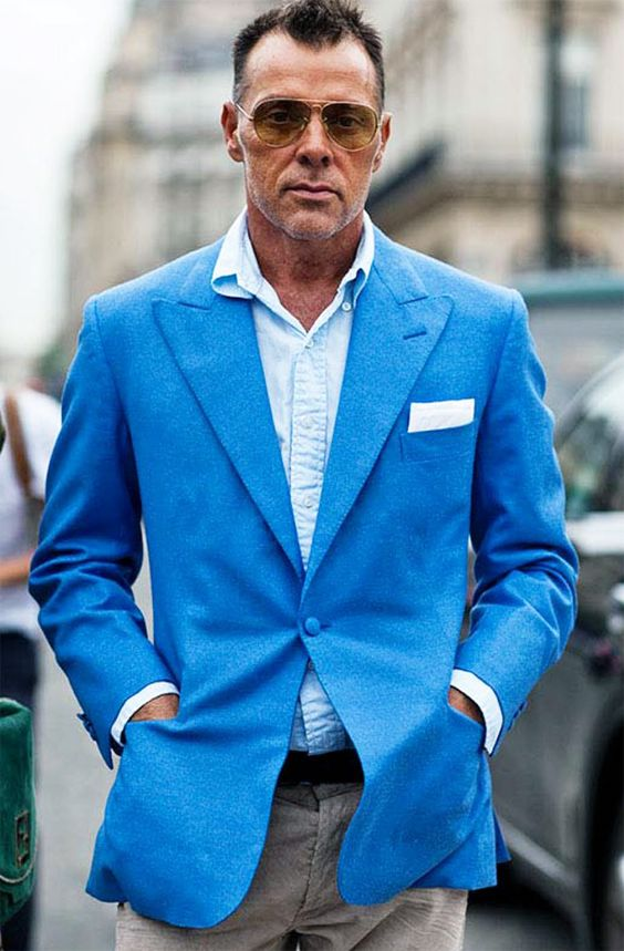 He makes simple into chic. It's badass.