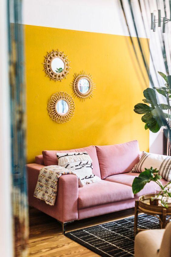 Hoy Toca Hablar Sobre El Calido Color Mostaza Y Su Salto De Las Pasarelas De Moda A Las Pa Pintura Interior Casa Colores De Casas Interiores Interiores De Casa