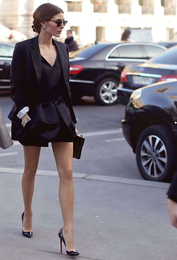 olivia palermo look total black: