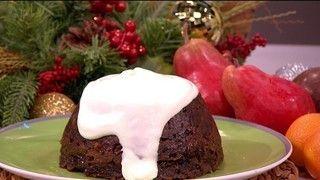 LK 171214 xmas pudding sally bee