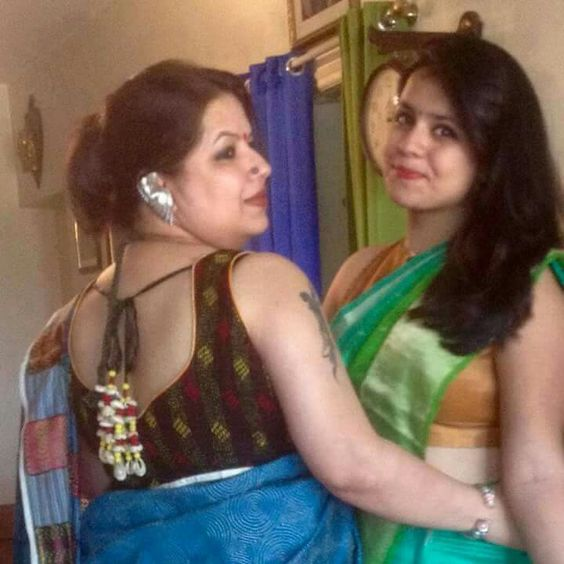 Indian real sexy aunties