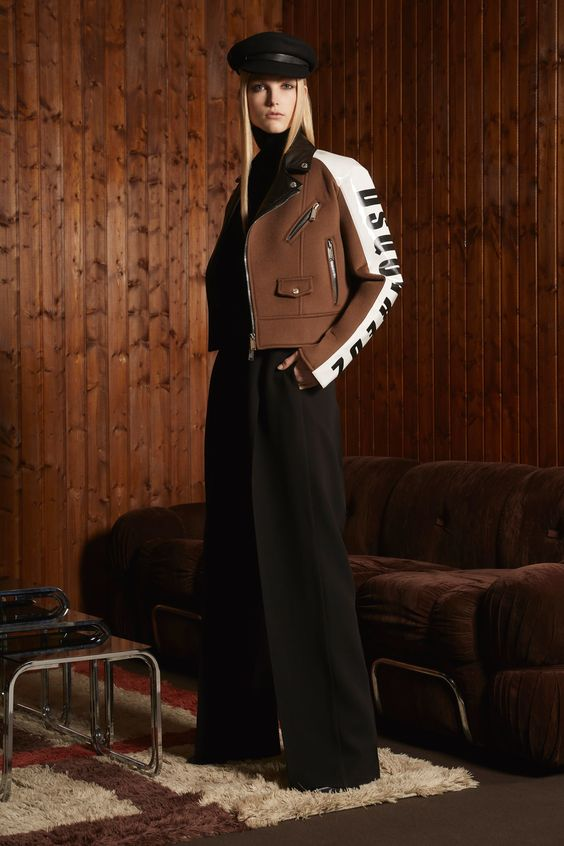 Colección Pre-Fall 2018 de Dsquared2. La colección Pre-Fall de los hermanos diseñadores Dean y Dan Caten es una colección informal y divertida con aires de la moda americana de los años 70 y 80.