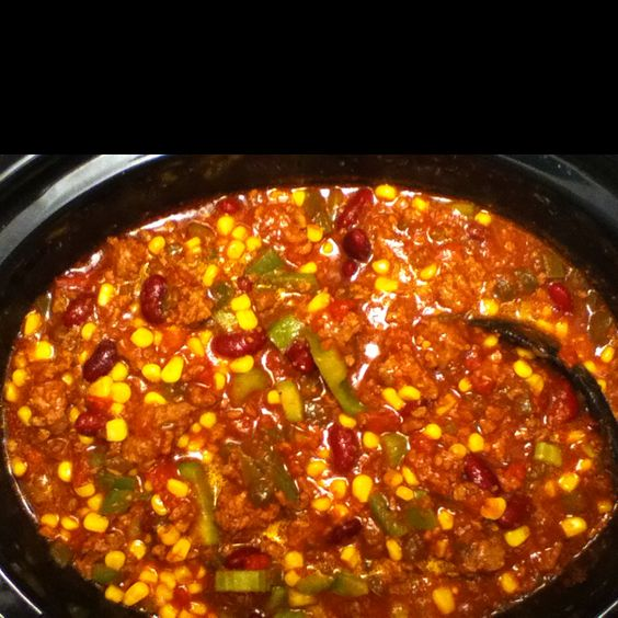 Salsa Chili and Cornbread for dinner...my belly will be very pleased :)