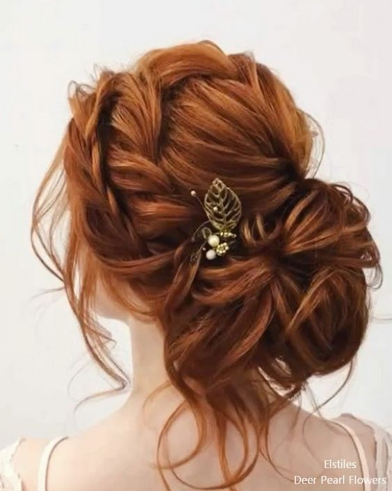 Pearl Hair Pins With Updo Hairstyles 8 In 2020 Redhead Hairstyles Long Hair Styles Hair Styles