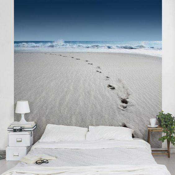 Strandtapete - Vliestapete - Spuren im Sand - Strand Fototapete Quadrat