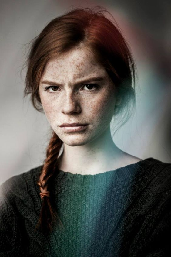 Luca Hollestelle, red hair, freckles, brown eyes