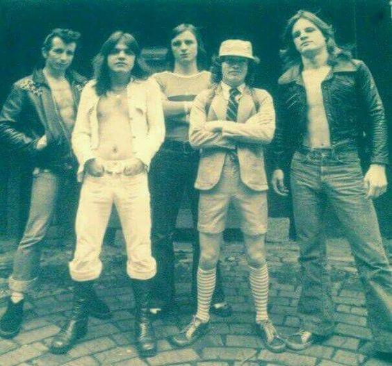 Tus fotos favoritas de los dioses del rock, o algo - Página 6 566c99f4c77b713dd0f1f108a6dc0910