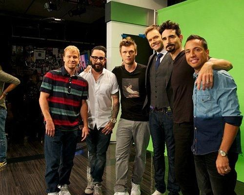 Kevin Richardson Howie Dorough Brian Littrell Nick Carter and AJ McLean were on the set of Joel McHale program where they made a funny skit on fenonmeno that caused the movie Sharknado  The interpreters of the song As Long As You Love Me allegedly were part of the cast of the new film Mankini Cat Back Quake Valanche Tuna Boys ICANE Sleet and everyone did a great job