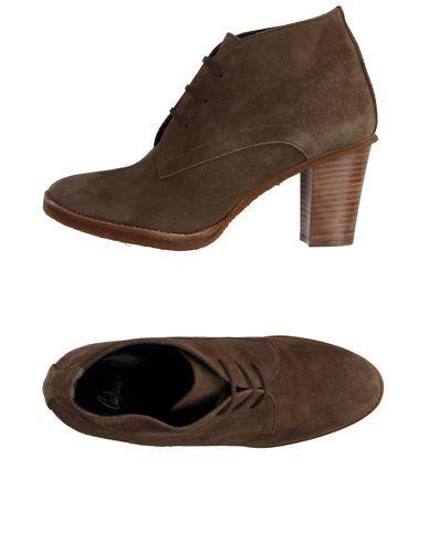 CASTAÑER Laced Shoes. #castañer #shoes #laced shoes