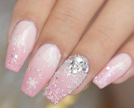 Top 40 Light Color Christmas Snowflake Coffin Nails In 2020 Winter Nails Acrylic Christmas Nail Designs Snow Nails