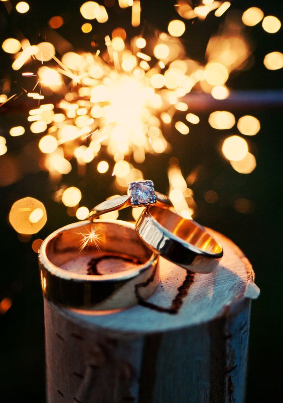 Wedding Photography | Ring | Night | Sparklers. omg I want my wedding with sparklers!!!! DX