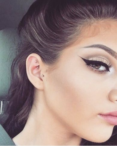 soft shadow and winged liner ~ we ❤ this! moncheribridals.com