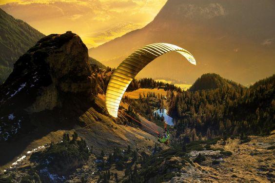Paragliding in der Sonne: Die Jury berücksichtigte nur Bilder, bei der eine...