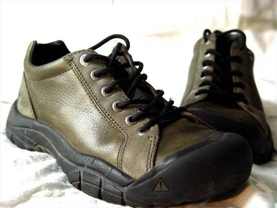 How to Clean Keen Shoes