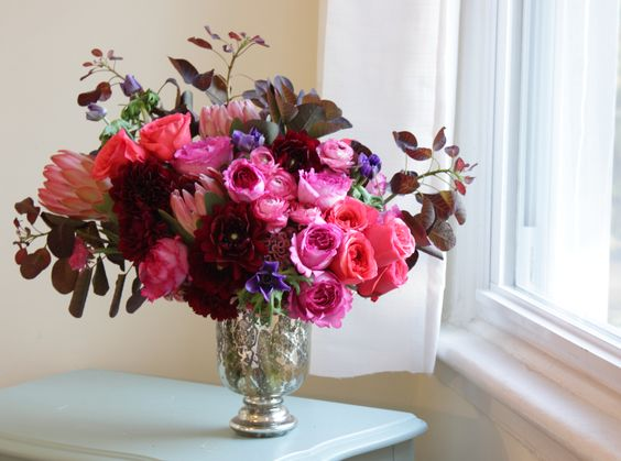 """Arrangement by Sachi Rose: """"Luxury floral design for the wild at heart.""""  (LIKE US at http://www.facebook.com/sachirosedesign)"""