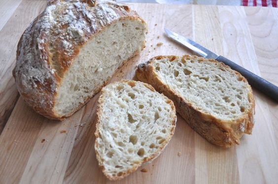 Southern Plate Easy Dutch Oven Bread