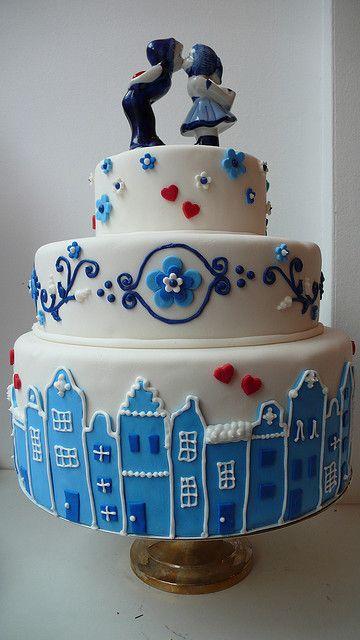 "Delft Blue or ""Delfts Blauw"" wedding cake"