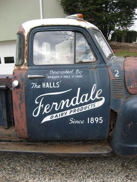I like how the typography is scripted and simple, giving a vintage feel that reflects the vehicle.