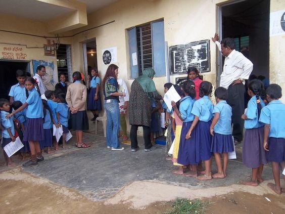 #corporatesocialresponsibility #schoolhealth #volunteers @tcfindia #bosch #doctors #india