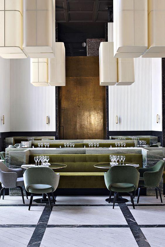 Monsieur Bleu à Paris par Joseph Dirand | design d'intérieur, décoration, restaurant, luxe. Plus de nouveautés sur http://www.bocadolobo.com/en/inspiration-and-ideas/