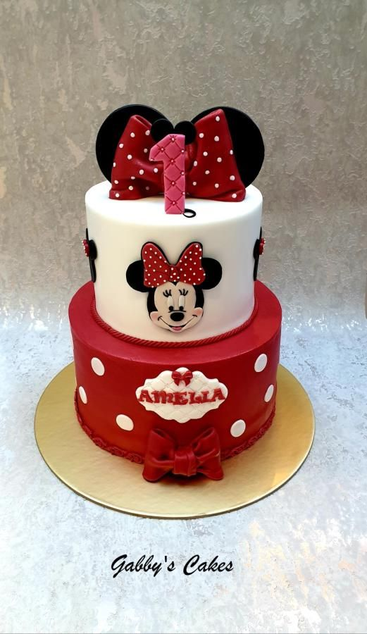 Minnie Mouse 1st Birthday Cake By Gabby S Cakes Minnie Mouse Birthday Cakes Mini Mouse Birthday Cake Mickey And Minnie Cake