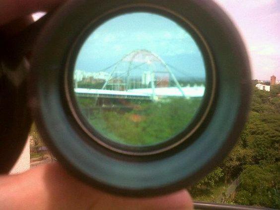 Tomada con 9300 y un lente de binocular