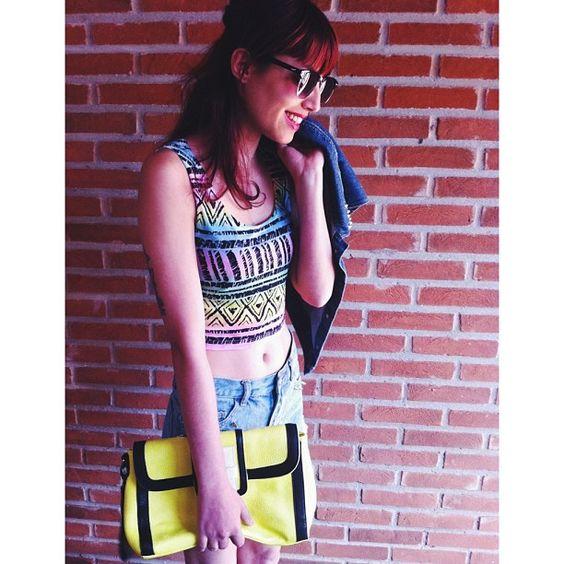 """@Glena Martins's photo: """"Top, colete e bolsa @YOUCOM LOJA ❤"""""""