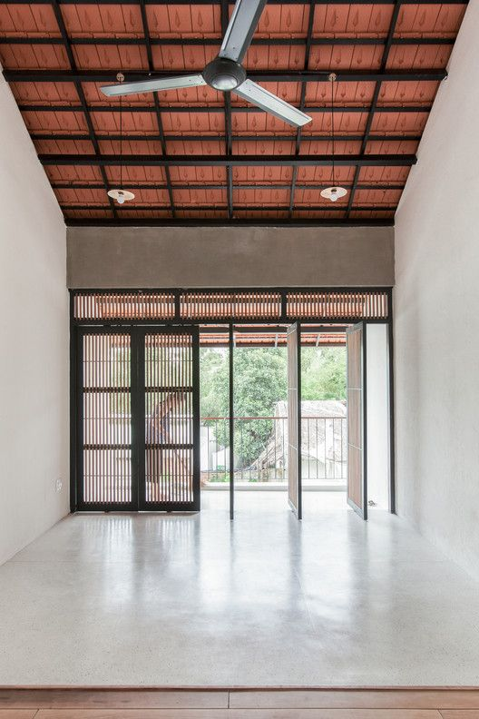 Gallery Of Tile Roof House K59atelier 14 House Roof Architecture House Village House Design