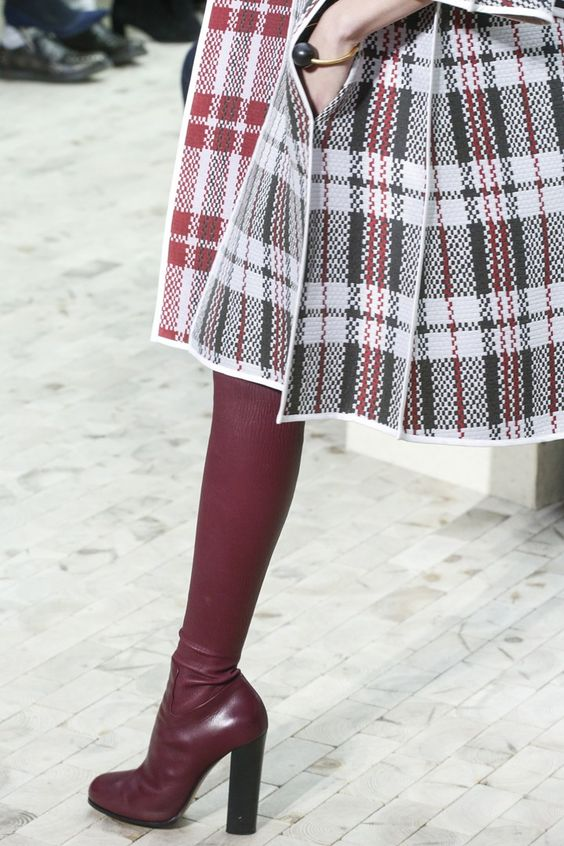 Celine autumn/winter 2013 - http://www.vogue.co.uk/fashion/autumn-winter-2013/ready-to-wear/celine/close-up-photos/gallery/948528