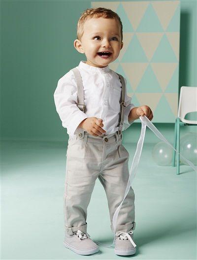 Schickes Outfit für den kleinen Strahlemann.