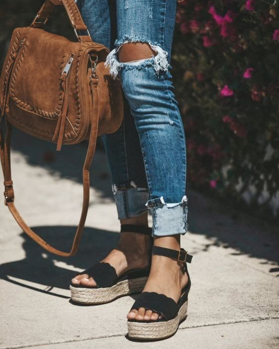 5 Trendy Types of Shoes That Are Missing In Your Closet #TrendyShoes #Fashion
