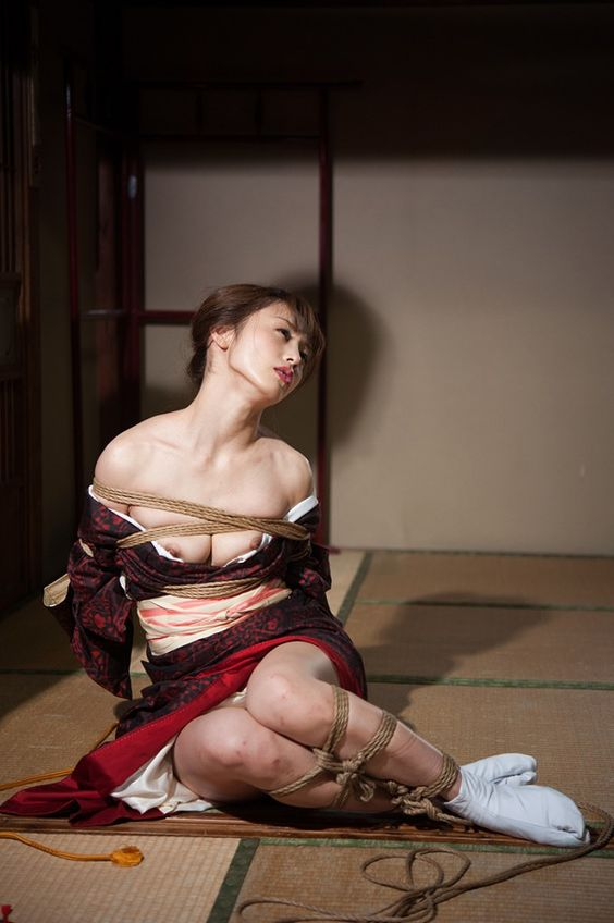 Gallery: Erisa Sato - Kinbaku Today