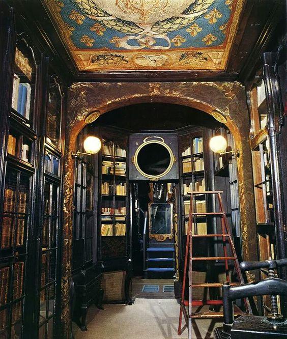 Victor hugo's library!